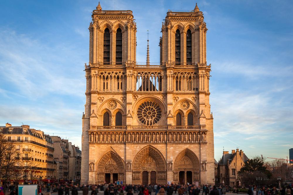 Notre Dame Batı Cephesi